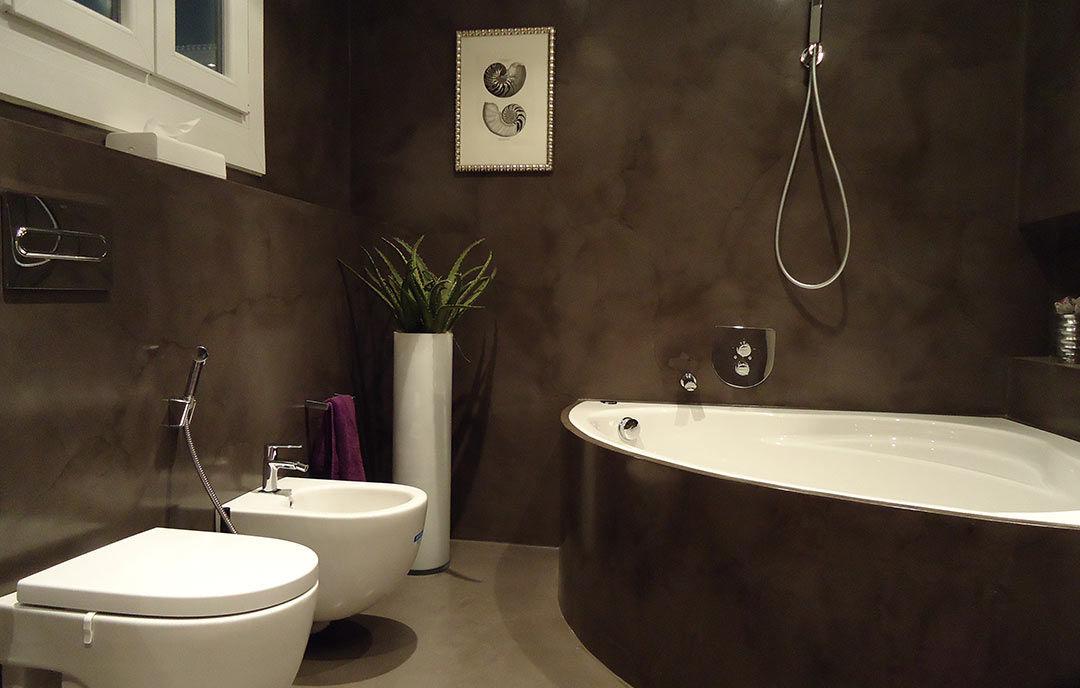 Badkamer met beton kleur