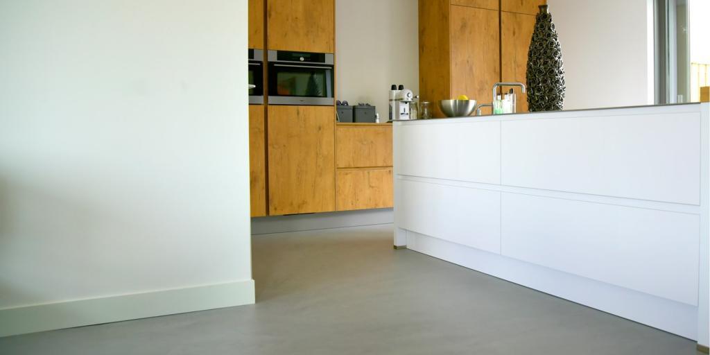 Betonlook vloer: voorbeelden, eigenschappen en prijzen