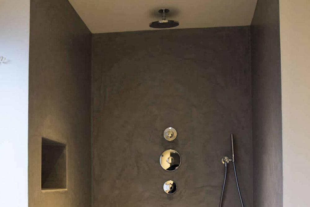 Betonlook Badkamer Muren : Tips voor de mooiste betonlook badkamer